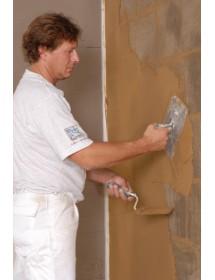 Nanesení hliněné omítky na stěnu z hliněných příčkovek